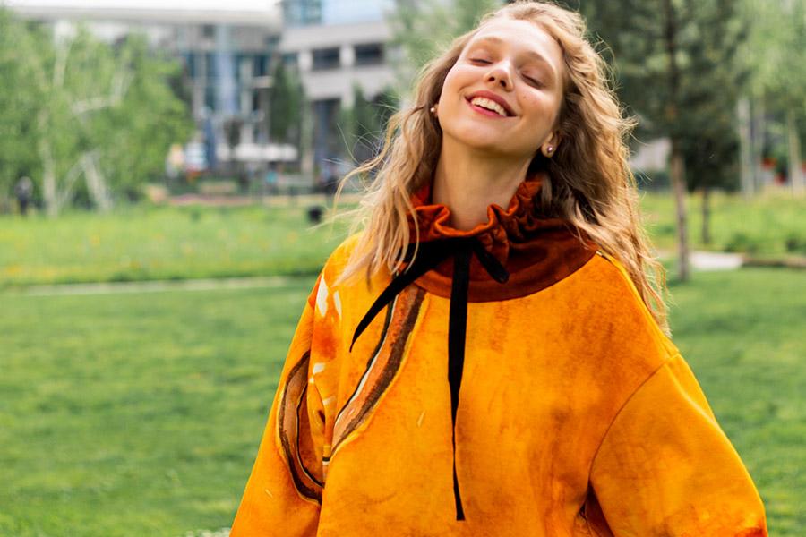 Abito giallo Zummy da moda sostenibile